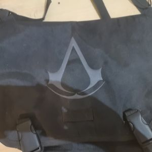 Discontinued Assasins Creed Courier bag